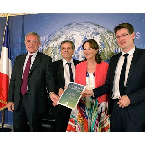 Le rapport de la mission Canfin-Grandjean-Mestrallet vient d'être remis à Ségolène Royal